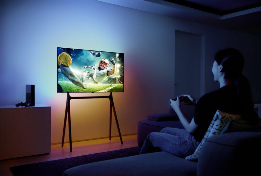 Sử dụng màn hình OLED chơi game để không bỏ lỡ bất kỳ chi tiết nào